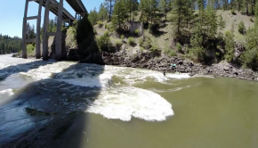 River-Surfing-Comp-Wave-at-Tripe-Bridges-on-the-Alberton-Gorge-at-Clark-Fork-River-Montana