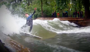 Lukas-Brunner-River-Surf-Trick-Shove-it-360