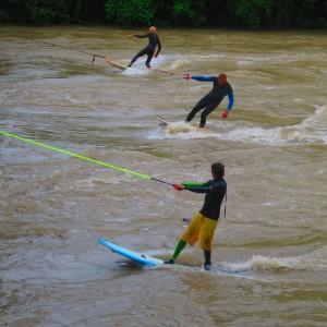 River-Surfing-Brueckenhaenger-Kempten-Iller-01