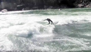 River-Surfing-Diagonal-Ledges-Gauley-River-in-West-Virginia