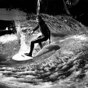 Chris Mimler surfing the Eisbach river