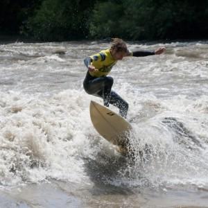 murbreak-riversurf-contest-2012-24