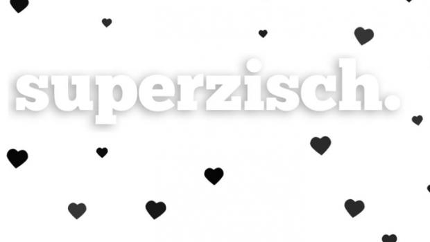superzisch-frau-tau